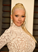 Recording artist Christina Aguilera attends the 2015 Vanity Fair Oscar Party hosted by Graydon Carter at Wallis Annenberg Center for the Performing...