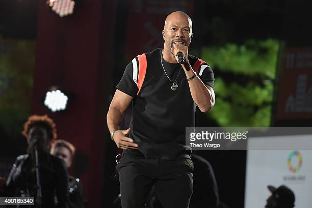 Recording Artist Common performs on stage at the 2015 Global Citizen Festival to end extreme poverty by 2030 in Central Park on September 26 2015 in...