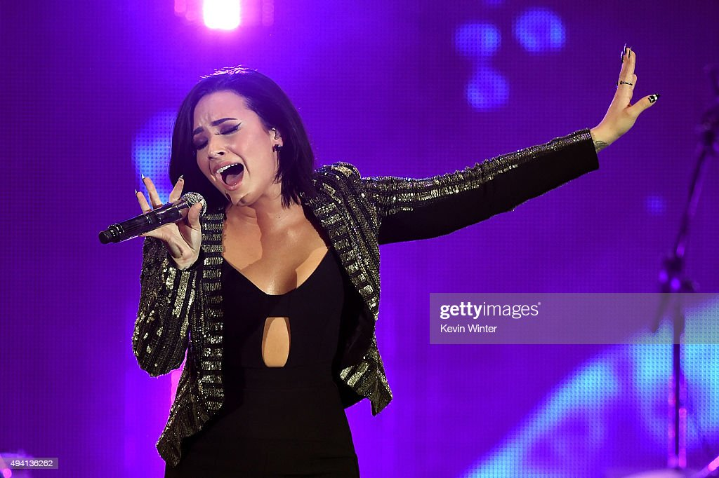 Recording artist Demi Lovato performs onstage during CBS RADIOs third annual We Can Survive, presented by Chrysler, at the Hollywood Bowl on October 24, 2015 in Hollywood, California.