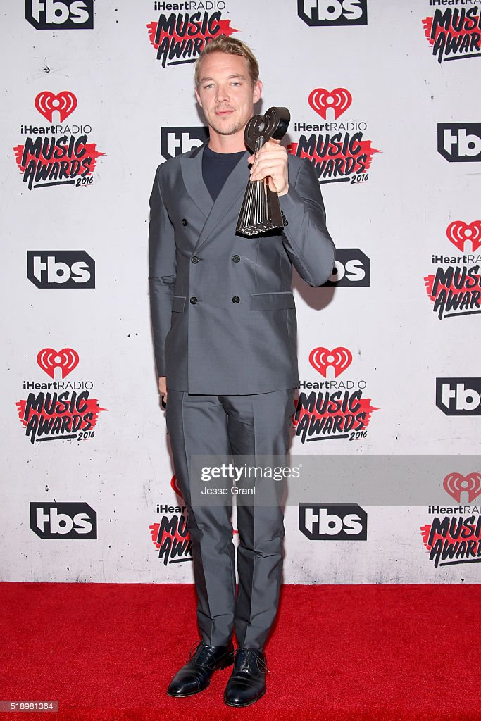 recording-artist-diplo-winner-of-the-award-for-best-dance-song-poses-picture-id518981364
