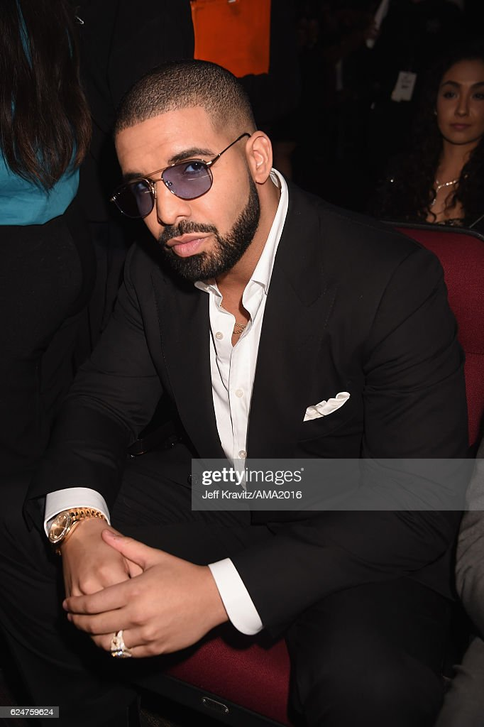 Recording artist Drake attends the 2016 American Music Awards at Microsoft Theater on November 20, 2016 in Los Angeles, California.