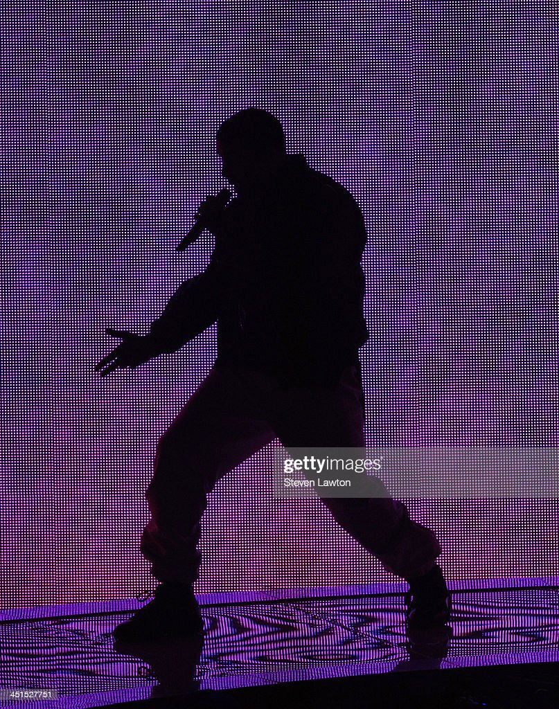 Recording artist <a gi-track='captionPersonalityLinkClicked' href=/galleries/search?phrase=Drake+-+Entertainer&family=editorial&specificpeople=6927008 ng-click='$event.stopPropagation()'>Drake</a> performs in support of his new album 'Nothing Was the Same' at the MGM Grand Garden Arena on November 22, 2013 in Las Vegas, Nevada.