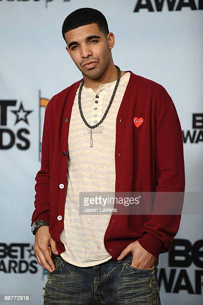 Recording artist Drake poses for photos in the press room at the 2009 BET Awards at The Shrine Auditorium on June 28 2009 in Los Angeles California
