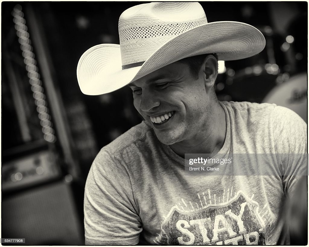 Recording artist <a gi-track='captionPersonalityLinkClicked' href=/galleries/search?phrase=Dustin+Lynch&family=editorial&specificpeople=8612719 ng-click='$event.stopPropagation()'>Dustin Lynch</a> attends the 'FOX & Friends' All American Concert Series outside of FOX Studios on May 27, 2016 in New York City.