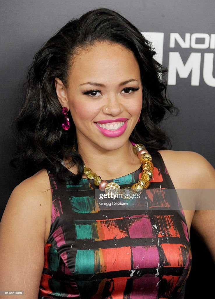 Recording artist Elle Varner arrives at Roc Nation Pre-GRAMMY brunch at Soho House on February 9, 2013 in West Hollywood, California.