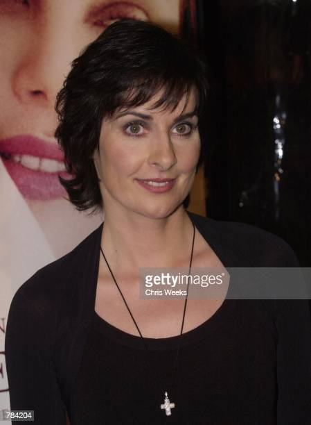Recording artist Enya arrives at the premiere of Warner Bros'' 'Sweet November' February 12 2001 in Westwood CA