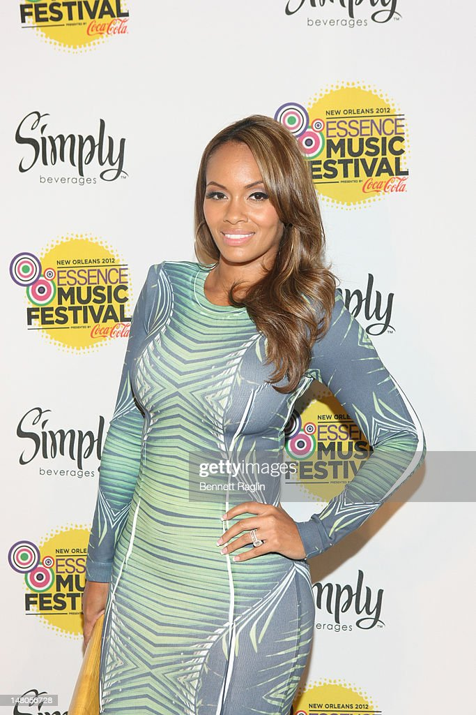 Recording artist <a gi-track='captionPersonalityLinkClicked' href=/galleries/search?phrase=Evelyn+Lozada&family=editorial&specificpeople=6747068 ng-click='$event.stopPropagation()'>Evelyn Lozada</a> attends the 2012 Essence Music Festival at Ernest N. Morial Convention Center on July 8, 2012 in New Orleans, Louisiana.