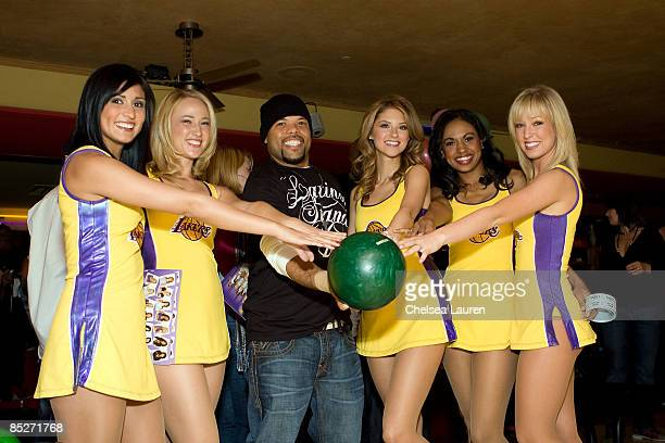 Recording artist Frankie Needles and the Laker Girls attend the 3rd Annual Stars Strikes Celebrity Bowling and Poker Tournament at PINZ on March 5...