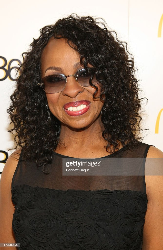 Recording artist <a gi-track='captionPersonalityLinkClicked' href=/galleries/search?phrase=Gladys+Knight&family=editorial&specificpeople=169894 ng-click='$event.stopPropagation()'>Gladys Knight</a> attends the 2013 365 Black Awards at the Ernest N. Morial Convention Center on July 6, 2013 in New Orleans, Louisiana.