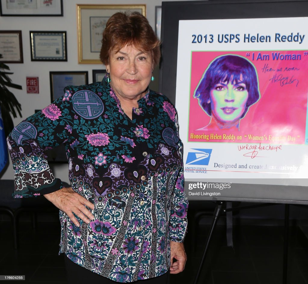 Recording artist <a gi-track='captionPersonalityLinkClicked' href=/galleries/search?phrase=Helen+Reddy&family=editorial&specificpeople=733379 ng-click='$event.stopPropagation()'>Helen Reddy</a> attends the unveiling of the new United States Postal Service special pictorial postmark featuring <a gi-track='captionPersonalityLinkClicked' href=/galleries/search?phrase=Helen+Reddy&family=editorial&specificpeople=733379 ng-click='$event.stopPropagation()'>Helen Reddy</a> on August 19, 2013 in West Hollywood, California.