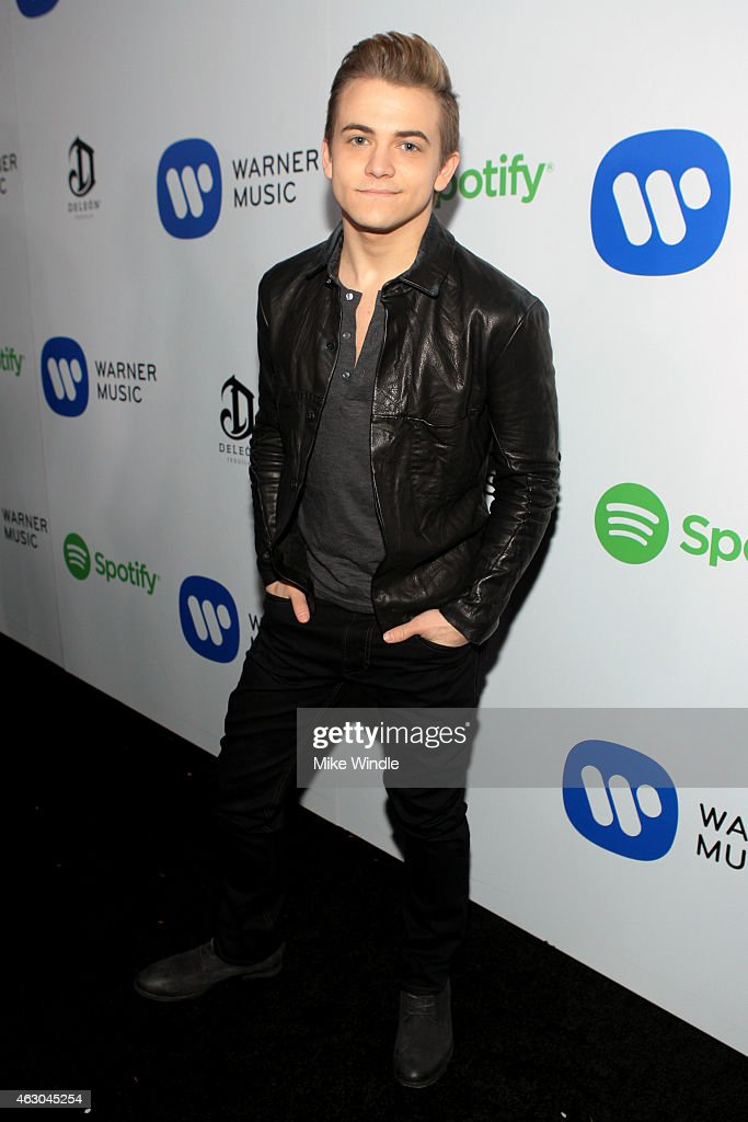 Recording artist Hunter Hayes attends the Warner Music Group annual Grammy celebration at Chateau Marmont on February 8, 2015 in Los Angeles, California.