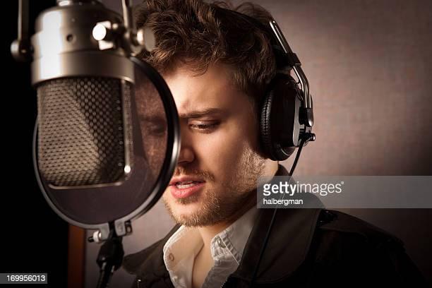 Musikerin im Studio