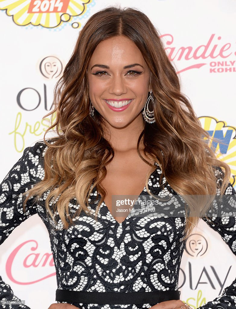 Recording artist <a gi-track='captionPersonalityLinkClicked' href=/galleries/search?phrase=Jana+Kramer&family=editorial&specificpeople=569861 ng-click='$event.stopPropagation()'>Jana Kramer</a> attends FOX's 2014 Teen Choice Awards at The Shrine Auditorium on August 10, 2014 in Los Angeles, California.