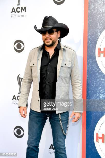 Recording Artist Jason Aldean arrives at the 11th Annual ACM Honors at Ryman Auditorium on August 23 2017 in Nashville Tennessee