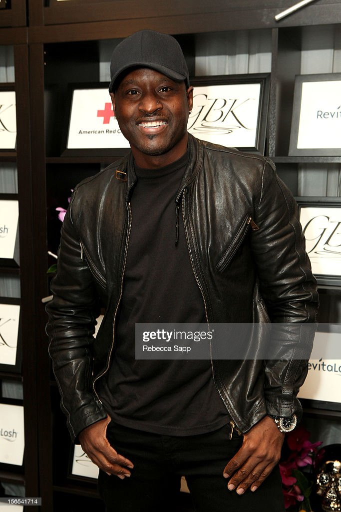 Recording artist <a gi-track='captionPersonalityLinkClicked' href=/galleries/search?phrase=Johnny+Gill&family=editorial&specificpeople=233428 ng-click='$event.stopPropagation()'>Johnny Gill</a> arrives at GBK Musical Lounge With Invited Nominees And Presenters Of The American Music Awards - Day 1 at Andaz on November 16, 2012 in West Hollywood, California.