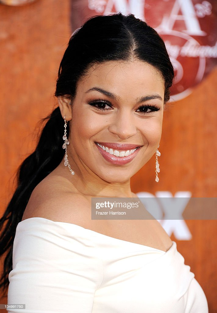 Recording artist <a gi-track='captionPersonalityLinkClicked' href=/galleries/search?phrase=Jordin+Sparks&family=editorial&specificpeople=4165535 ng-click='$event.stopPropagation()'>Jordin Sparks</a> arrives at the American Country Awards 2011 at the MGM Grand Garden Arena on December 5, 2011 in Las Vegas, Nevada.