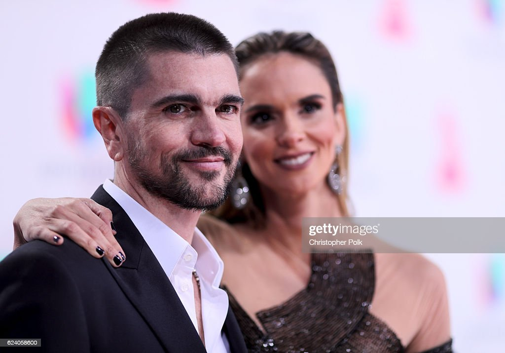 Recording artist Juanes (L) and Karen Martinez attend The 17th Annual Latin Grammy Awards at T-Mobile Arena on November 17, 2016 in Las Vegas, Nevada.