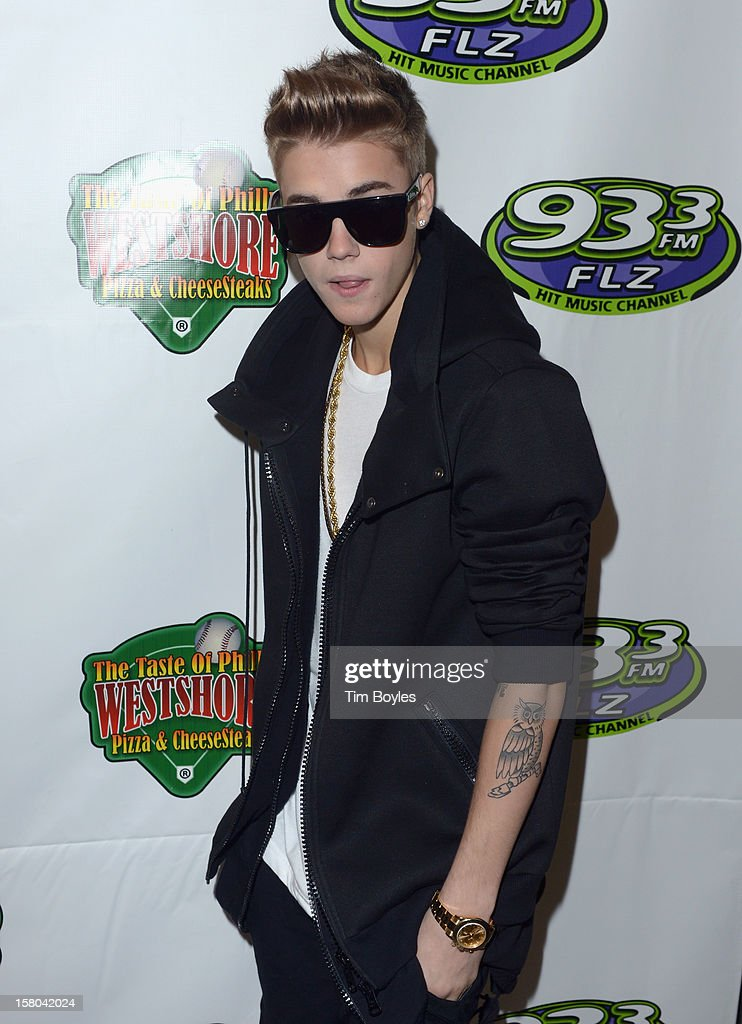 Recording Artist <a gi-track='captionPersonalityLinkClicked' href=/galleries/search?phrase=Justin+Bieber&family=editorial&specificpeople=5780923 ng-click='$event.stopPropagation()'>Justin Bieber</a> attends 93.3 FLZ's Jingle Ball 2012 at Tampa Bay Times Forum on December 9, 2012 in Tampa, Florida.