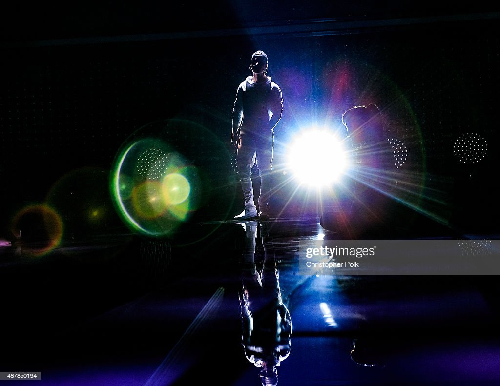 Recording artist Justin Bieber performs onstage during the Think It Up education initiative telecast for teachers and students, hosted by Entertainment Industry Foundation at Barker Hangar on September 11, 2015 in Santa Monica, California.