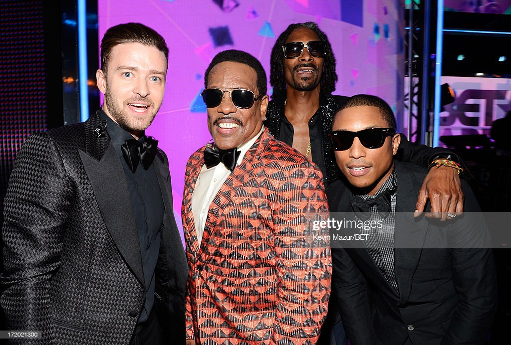 Recording Artist <a gi-track='captionPersonalityLinkClicked' href=/galleries/search?phrase=Justin+Timberlake&family=editorial&specificpeople=157482 ng-click='$event.stopPropagation()'>Justin Timberlake</a>, Charlie Wilson, <a gi-track='captionPersonalityLinkClicked' href=/galleries/search?phrase=Snoop+Dogg&family=editorial&specificpeople=175943 ng-click='$event.stopPropagation()'>Snoop Dogg</a> and <a gi-track='captionPersonalityLinkClicked' href=/galleries/search?phrase=Pharrell+Williams&family=editorial&specificpeople=161396 ng-click='$event.stopPropagation()'>Pharrell Williams</a> pose backstage during the 2013 BET Awards at Nokia Theatre L.A. Live on June 30, 2013 in Los Angeles, California.