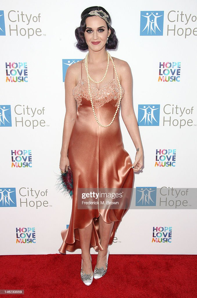 Recording artist <a gi-track='captionPersonalityLinkClicked' href=/galleries/search?phrase=Katy+Perry&family=editorial&specificpeople=599558 ng-click='$event.stopPropagation()'>Katy Perry</a> attends the City of Hope's Music And Entertainment Industry Group Honors Bob Pittman at The Geffen Contemporary at MOCA on June 12, 2012 in Los Angeles, California.