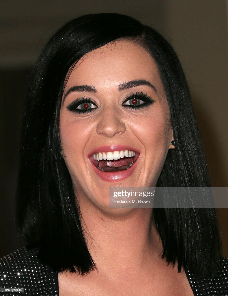 Recording artist <a gi-track='captionPersonalityLinkClicked' href=/galleries/search?phrase=Katy+Perry&family=editorial&specificpeople=599558 ng-click='$event.stopPropagation()'>Katy Perry</a> unveils her wax figure for Madame Tussauds' Las Vegas at Paramont Studios on January 26, 2013 in Hollywood, California.