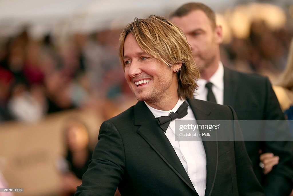 Recording artist Keith Urban attends The 22nd Annual Screen Actors Guild Awards at The Shrine Auditorium on January 30, 2016 in Los Angeles, California. 25650_018