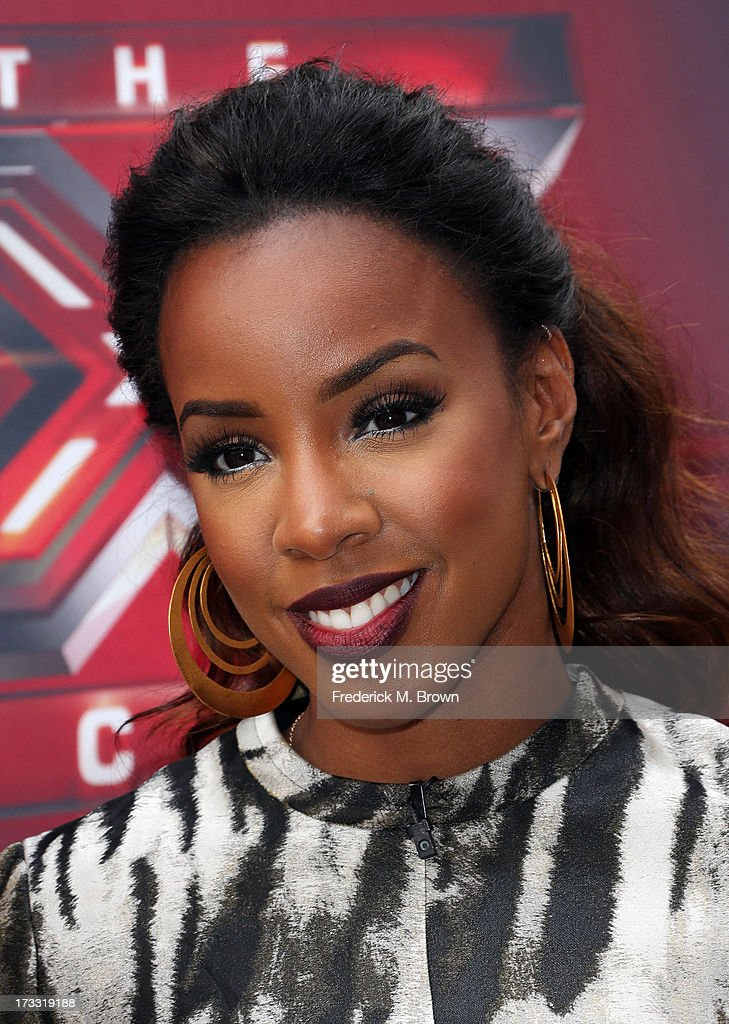 Recording artist <a gi-track='captionPersonalityLinkClicked' href=/galleries/search?phrase=Kelly+Rowland&family=editorial&specificpeople=201760 ng-click='$event.stopPropagation()'>Kelly Rowland</a> attends Fox's 'The X Factor' Judges at the Galen Center on July 11, 2013 in Los Angeles, California.