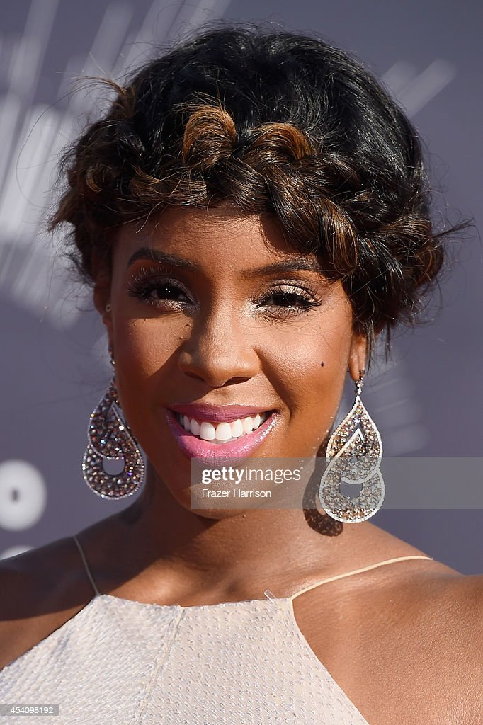 Recording artist Kelly Rowland attends the 2014 MTV Video Music Awards at The Forum on August 24 2014 in Inglewood California