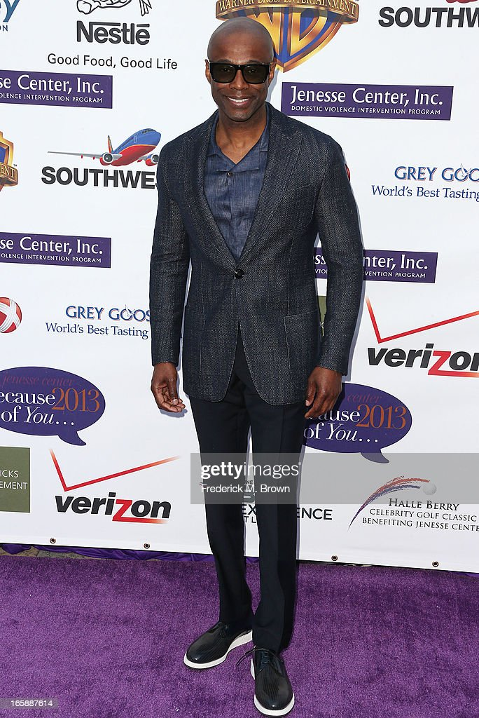 Recording artist KEM attends the 2013 Jenesse Silver Rose Awards Gala and Auction at Vibiana on April 6, 2013 in Los Angeles, California.