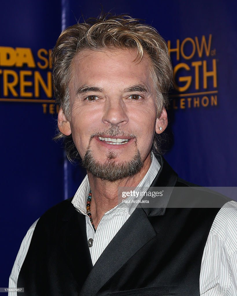 Recording Artist <a gi-track='captionPersonalityLinkClicked' href=/galleries/search?phrase=Kenny+Loggins&family=editorial&specificpeople=640646 ng-click='$event.stopPropagation()'>Kenny Loggins</a> attends the Muscular Dystrophy Association's 48th annual MDA Show Of Strength telethon day 2 at CBS Studios on August 1, 2013 in Los Angeles, California.