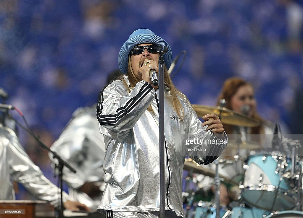 Recording artist <a gi-track='captionPersonalityLinkClicked' href=/galleries/search?phrase=Kid+Rock&family=editorial&specificpeople=171123 ng-click='$event.stopPropagation()'>Kid Rock</a> performs during the half time show of the game between the Houston Texans and the Detroit Lions at Ford Field on November 22, 2012 in Detroit, Michigan. The Texans defeated the Lions 34-31.