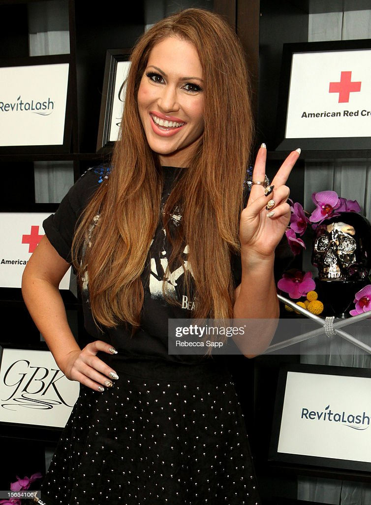 Recording artist Kimberly Cole arrives at GBK Musical Lounge With Invited Nominees And Presenters Of The American Music Awards - Day 1 at Andaz on November 16, 2012 in West Hollywood, California.
