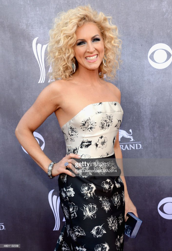 Recording artist Kimberly Schlapman of music group Little Big Town attend the 49th Annual Academy of Country Music Awards at the MGM Grand Garden...