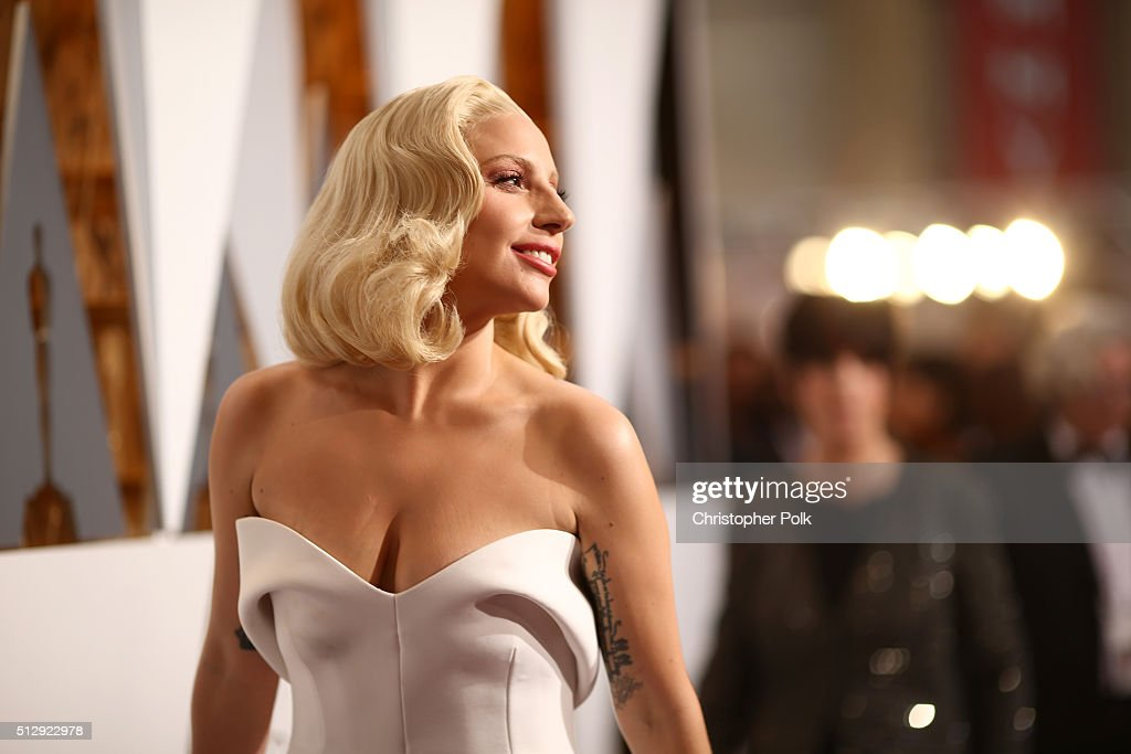 Recording artist <a gi-track='captionPersonalityLinkClicked' href=/galleries/search?phrase=Lady+Gaga&family=editorial&specificpeople=4456754 ng-click='$event.stopPropagation()'>Lady Gaga</a> attends the 88th Annual Academy Awards at Hollywood & Highland Center on February 28, 2016 in Hollywood, California.