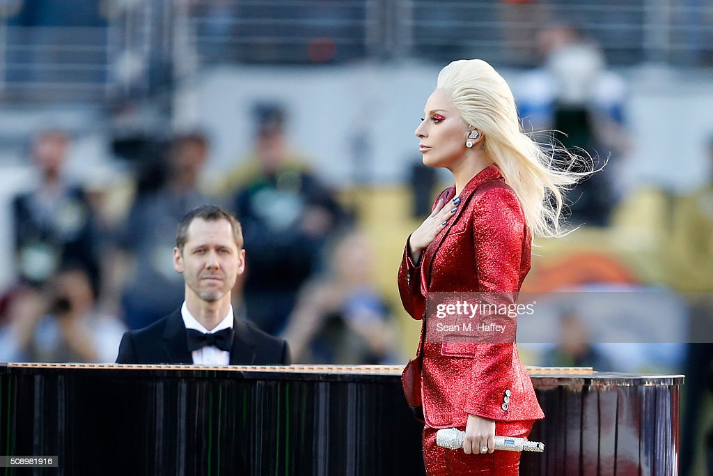 Recording artist <a gi-track='captionPersonalityLinkClicked' href=/galleries/search?phrase=Lady+Gaga&family=editorial&specificpeople=4456754 ng-click='$event.stopPropagation()'>Lady Gaga</a> performs the national anthem prior to Super Bowl 50 between the Denver Broncos and the Carolina Panthers at Levi's Stadium on February 7, 2016 in Santa Clara, California.