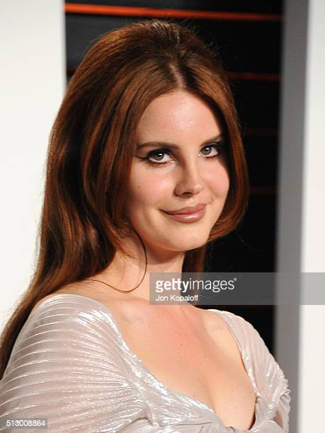 Recording artist Lana Del Rey attends the 2016 Vanity Fair Oscar Party hosted By Graydon Carter at Wallis Annenberg Center for the Performing Arts on...