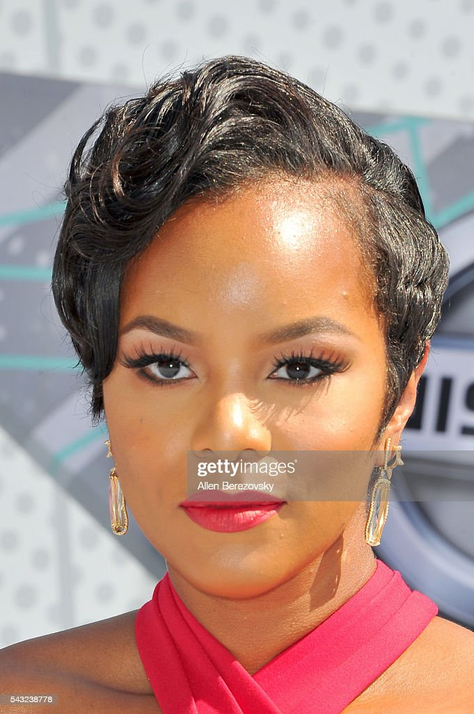 Recording artist <a gi-track='captionPersonalityLinkClicked' href=/galleries/search?phrase=LeToya+Luckett&family=editorial&specificpeople=756270 ng-click='$event.stopPropagation()'>LeToya Luckett</a> attends the 2016 BET Awards at Microsoft Theater on June 26, 2016 in Los Angeles, California.