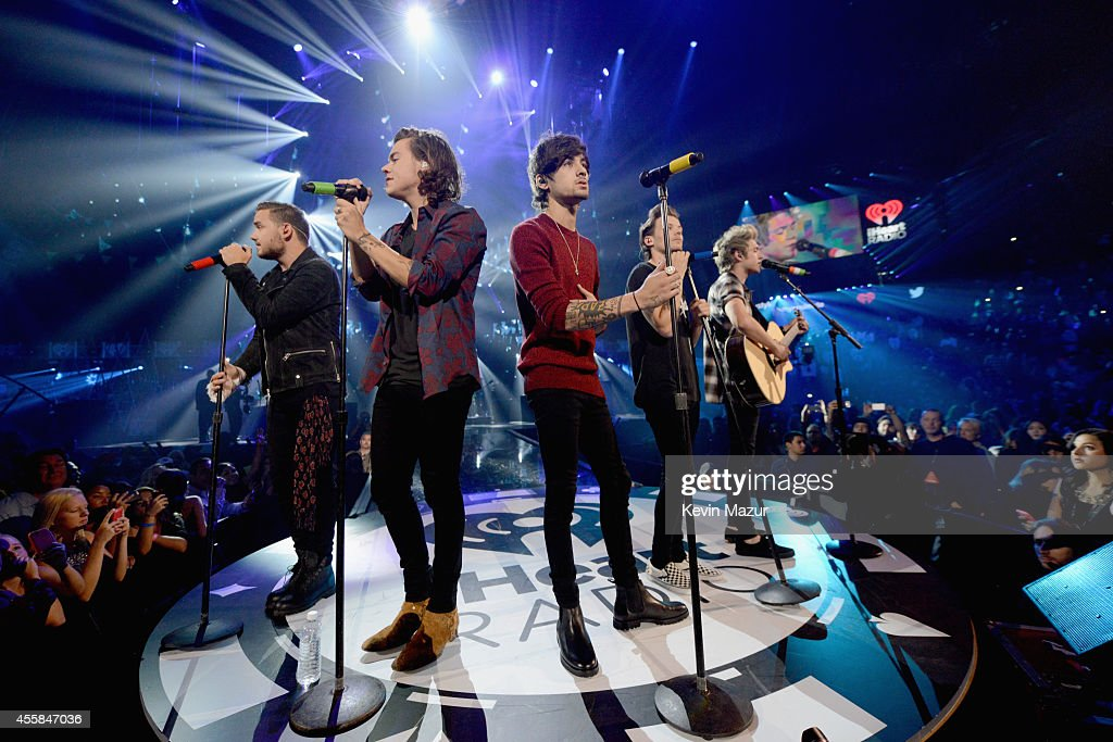 Recording artist Liam Payne Harry Styles Zayn Malik Louis Tomlinson and Niall Horan of One Direction perform onstage during the 2014 iHeartRadio...