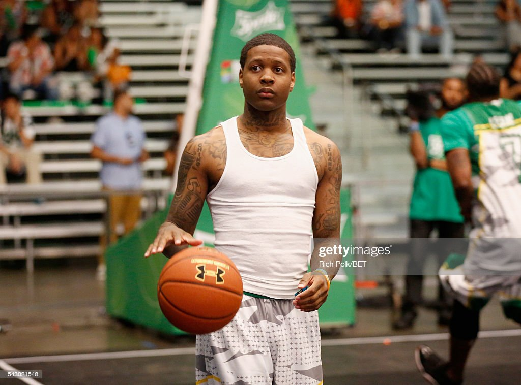 Recording artist Lil Durk participates in the celebrity basketball game presented by Sprite during the 2016 BET Experience on June 25, 2016 in Los Angeles, California.