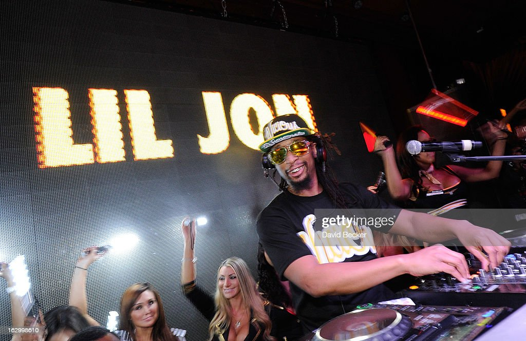 Recording artist Lil' Jon performs at the Surrender Nightclub at Encore Las Vegas in celebration of the season premiere of 'All-Star Celebrity Apprentice' on March 2, 2013 in Las Vegas, Nevada.