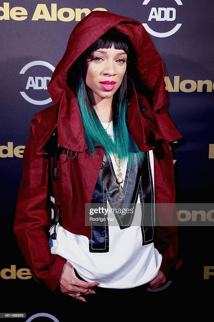 Recording artist <a gi-track='captionPersonalityLinkClicked' href=/galleries/search?phrase=Lil+Mama&family=editorial&specificpeople=4231669 ng-click='$event.stopPropagation()'>Lil Mama</a> (Niatia Jessica Kirkland) attends the ADD Comedy Live! Special Screening of 'Ride Along' on January 8, 2014 in Los Angeles, California.