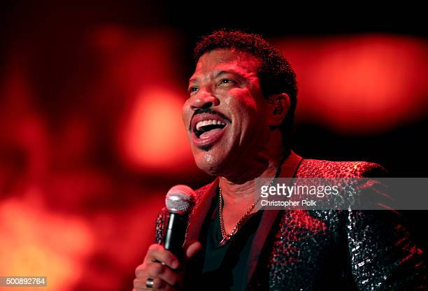 Recording artist Lionel Richie performs onstage at the 2nd Annual Diamond Ball hosted by Rihanna and The Clara Lionel Foundation at The Barker Hanger...