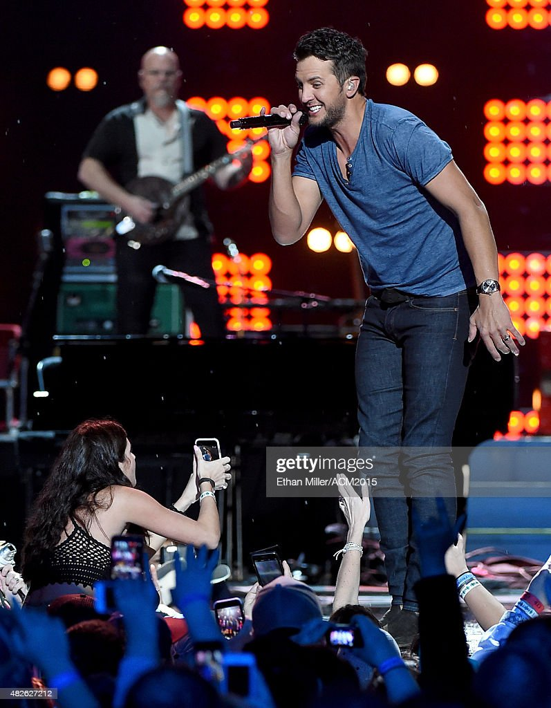Recording artist Luke Bryan performs during ACM Presents: Superstar Duets at Globe Life Park in Arlington on April 17, 2015 in Arlington, Texas.