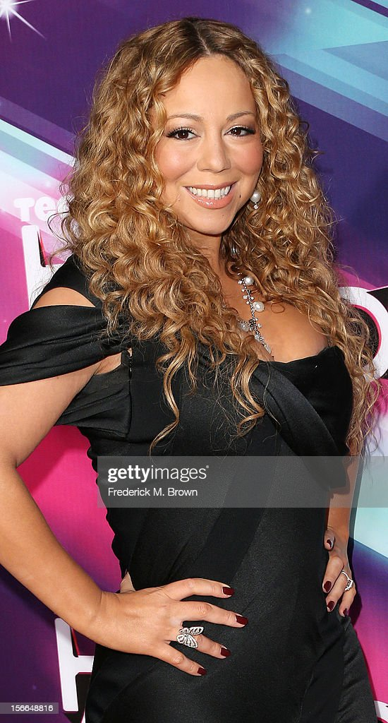 Recording artist Mariah Carey attends TeenNick HALO Awards at The Hollywood Palladium on November 17, 2012 in Los Angeles, California.