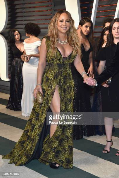 Recording artist Mariah Carey attends the 2017 Vanity Fair Oscar Party hosted by Graydon Carter at Wallis Annenberg Center for the Performing Arts on...