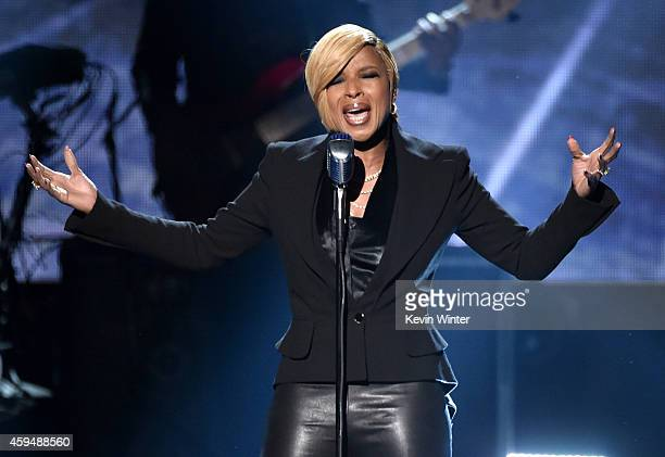 Recording artist Mary J Blige performs onstage at the 2014 American Music Awards at Nokia Theatre LA Live on November 23 2014 in Los Angeles...