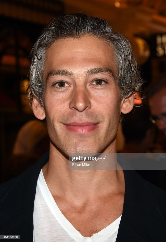 Recording artist <a gi-track='captionPersonalityLinkClicked' href=/galleries/search?phrase=Matisyahu&family=editorial&specificpeople=537514 ng-click='$event.stopPropagation()'>Matisyahu</a> arrives at the 2014 NHL Awards at Encore Las Vegas on June 24, 2014 in Las Vegas, Nevada.