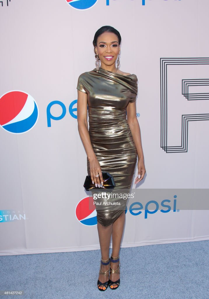 Recording Artist <a gi-track='captionPersonalityLinkClicked' href=/galleries/search?phrase=Michelle+Williams+-+Singer&family=editorial&specificpeople=3944758 ng-click='$event.stopPropagation()'>Michelle Williams</a> attends the Pre 'BET Awards' Dinner at Milk Studios on June 28, 2014 in Los Angeles, California.