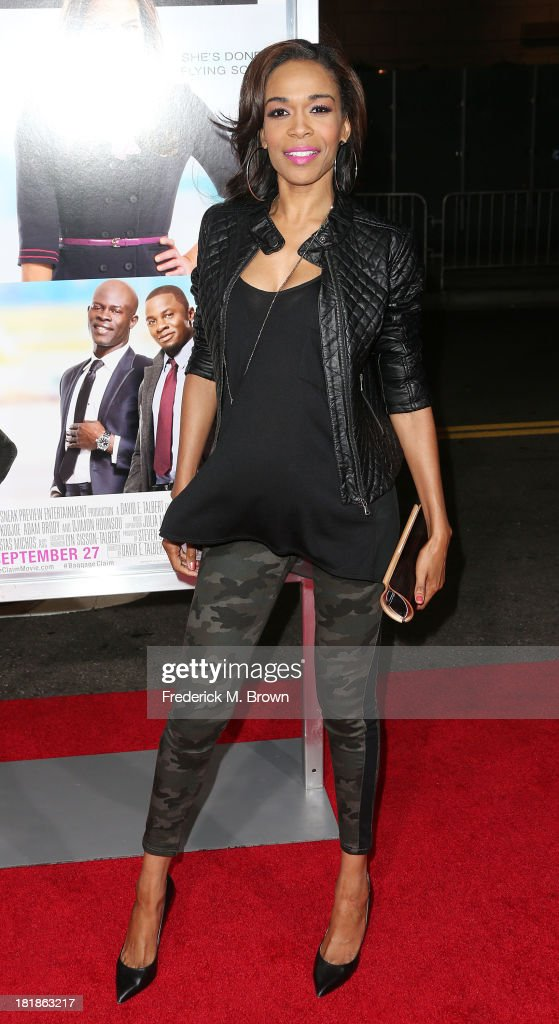 Recording artist Michelle Williams attends the premiere of Fox Searchlight Pictures' 'Baggage Claim' at the Regal Cinemas L.A. Live on September 25, 2013 in Los Angeles, California.